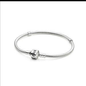 Pandora silver clasp bracelet 19cm